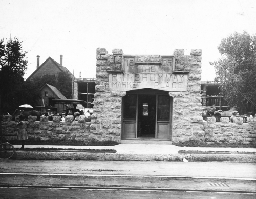 The old entrance to Shumway Market, 1920s.