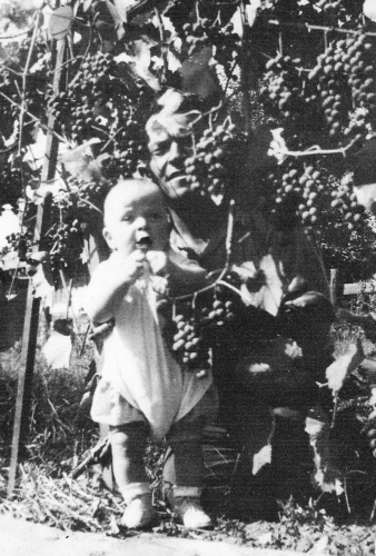 Thomas Lombardozzi and Baby Bob in 1939.